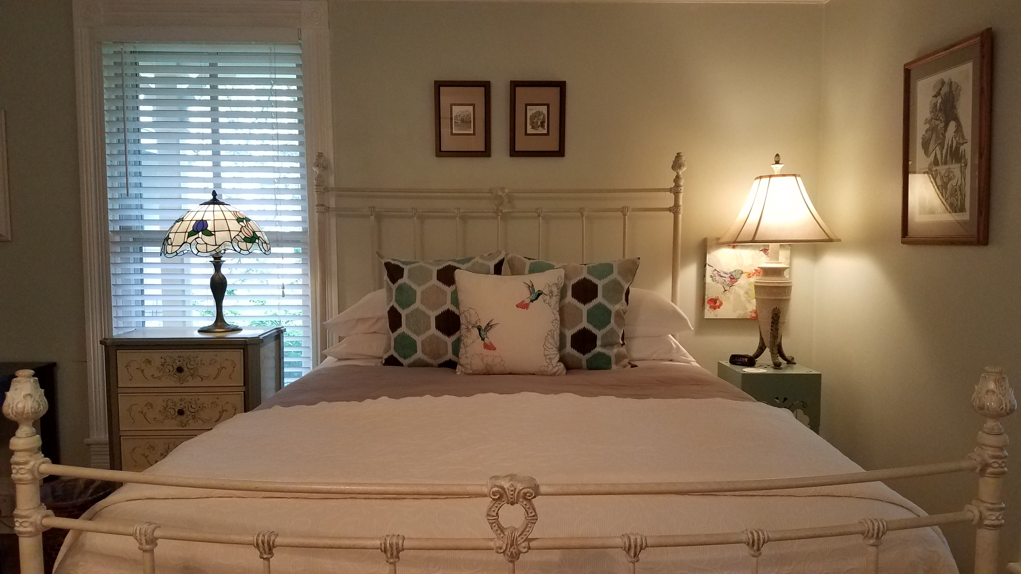 Pet friendly bed and breakfast lexington va area goshen for Area riservata bed and breakfast